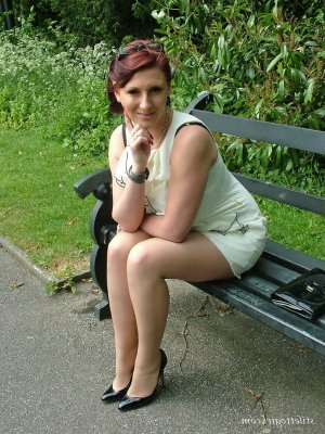 Anne-karine anal escort in Schonungen, BY